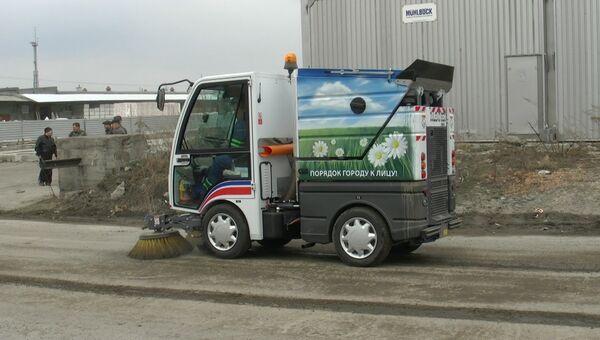 Пылесос для дорог и тротуаров: новая техника будет работать в Томске, событийное фото