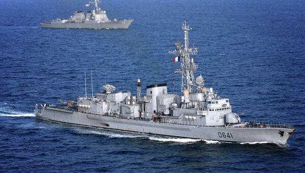 Французский фрегат Дюплекс(D641)