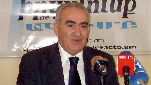 Галуст Саакян. Архивное фото