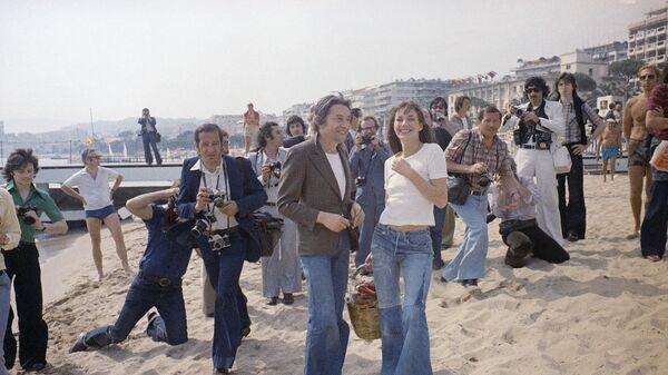 Джейн Биркин и Серж Генсбур во время Каннского кинофестиваля, 16 мая, 1974 года