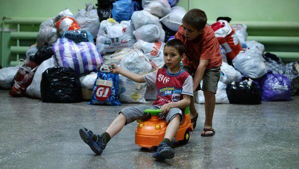 Беженцы из Славянска в общежитии Иловайска