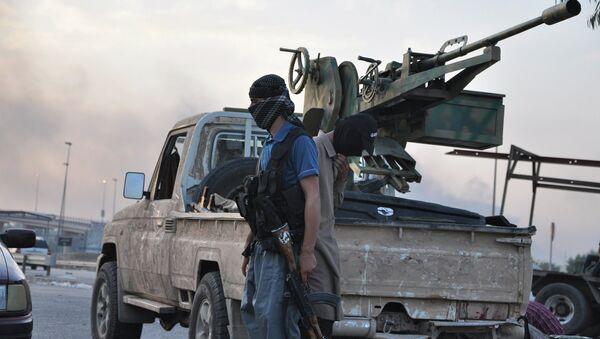 Боевики группировки Исламское государство Ирака и Леванта. Архивное фото.