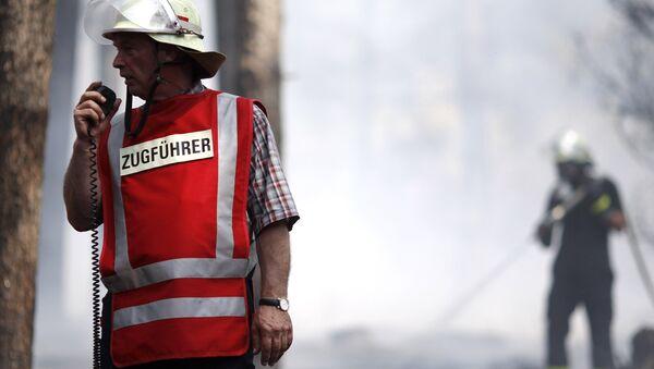 Немецкие пожарные за работой. Архивное фото