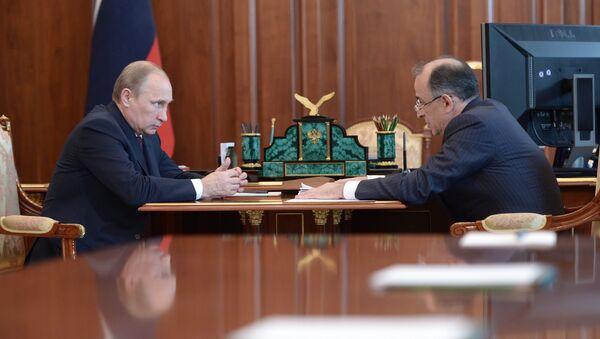 Президент России Владимир Путин (слева) и глава Кабардино-Балкарской Республики Юрий Коков. Архивное фото