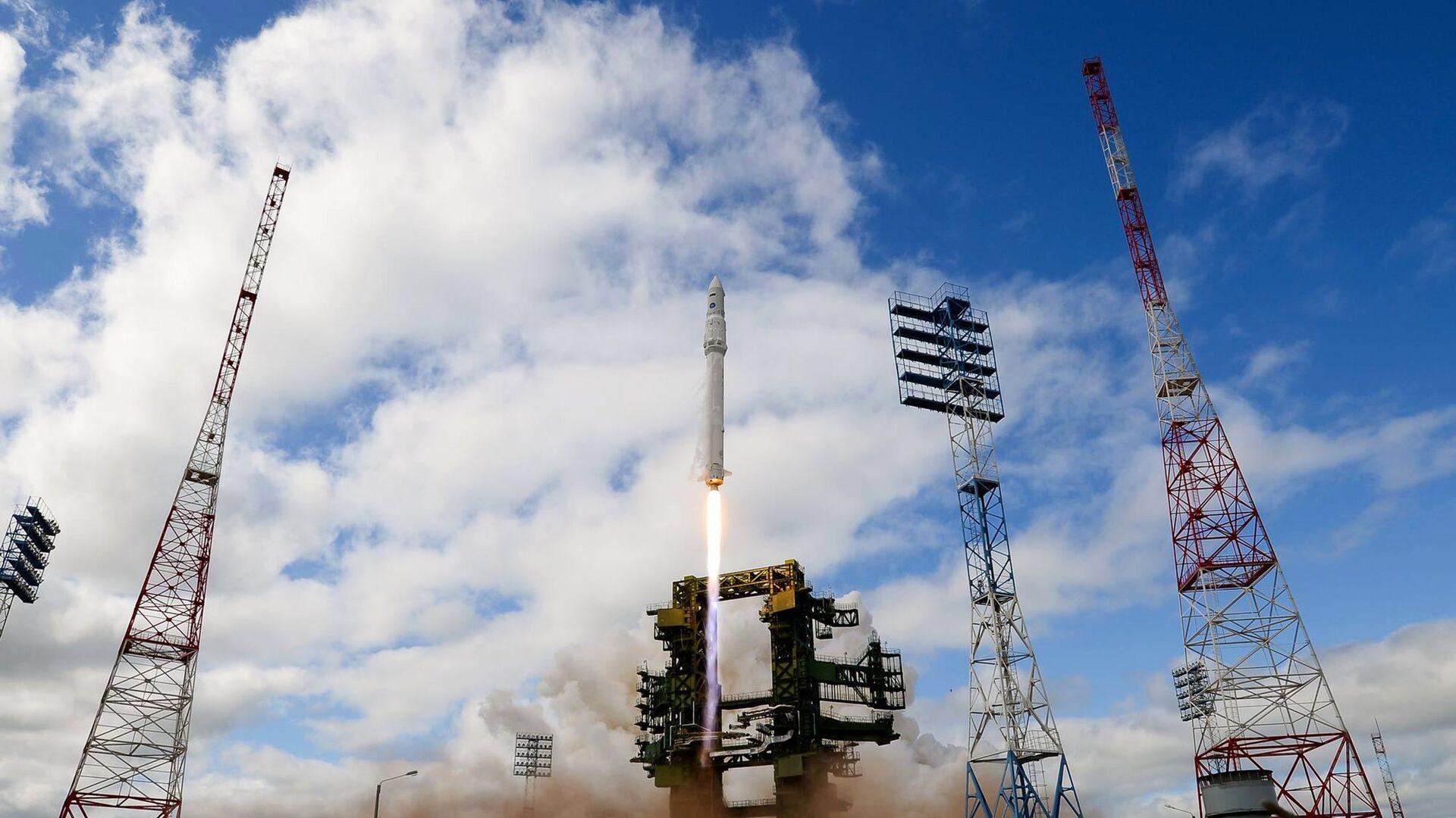 """В Плесецк отправят две ракеты тяжелого класса """"Ангара-А5"""""""