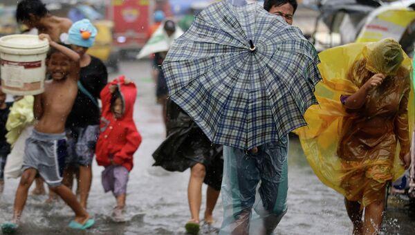 Тайфун Раммасун в городе Манила, Филиппины