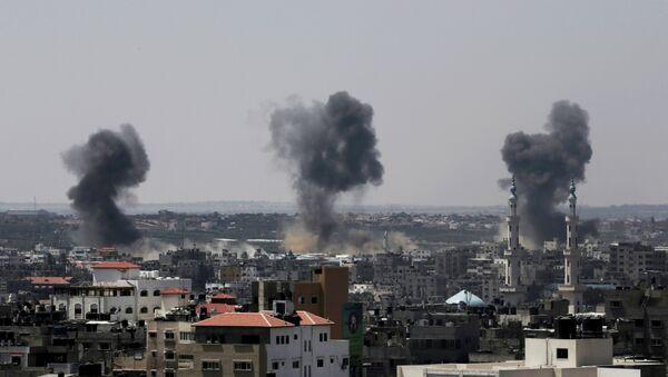 Последствия обстрела сектора Газа. Архивное фото