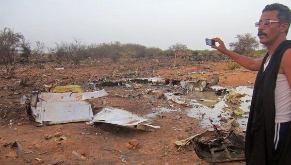 На месте крушения самолета компании Air Algerie в Мали. Архивное фото