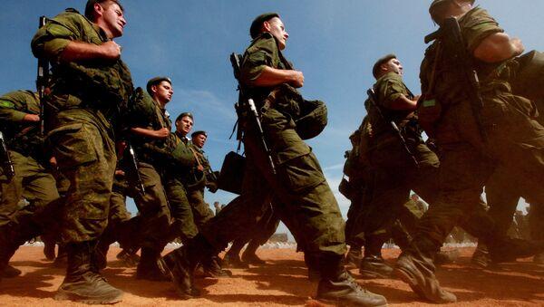 Сухопутные войска РФ. Архивное фото