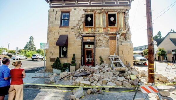 Последствия землетрясения в Калифорнии