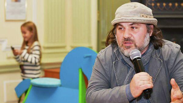 Эксперт по сиротству Александр Гезалов