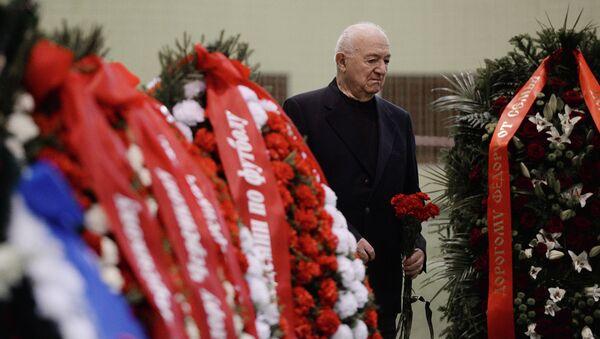 Первый вице-президент РФС Никита Симонян на церемонии прощания с футболистом Федором Черенковым в Москве