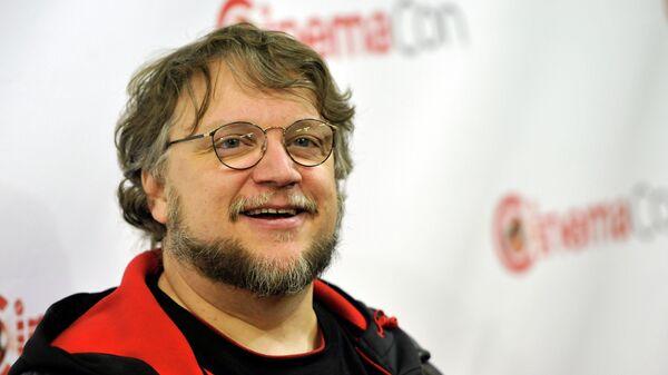 Мексиканский кинорежиссер, сценарист и продюсер Гильермо дель Торо