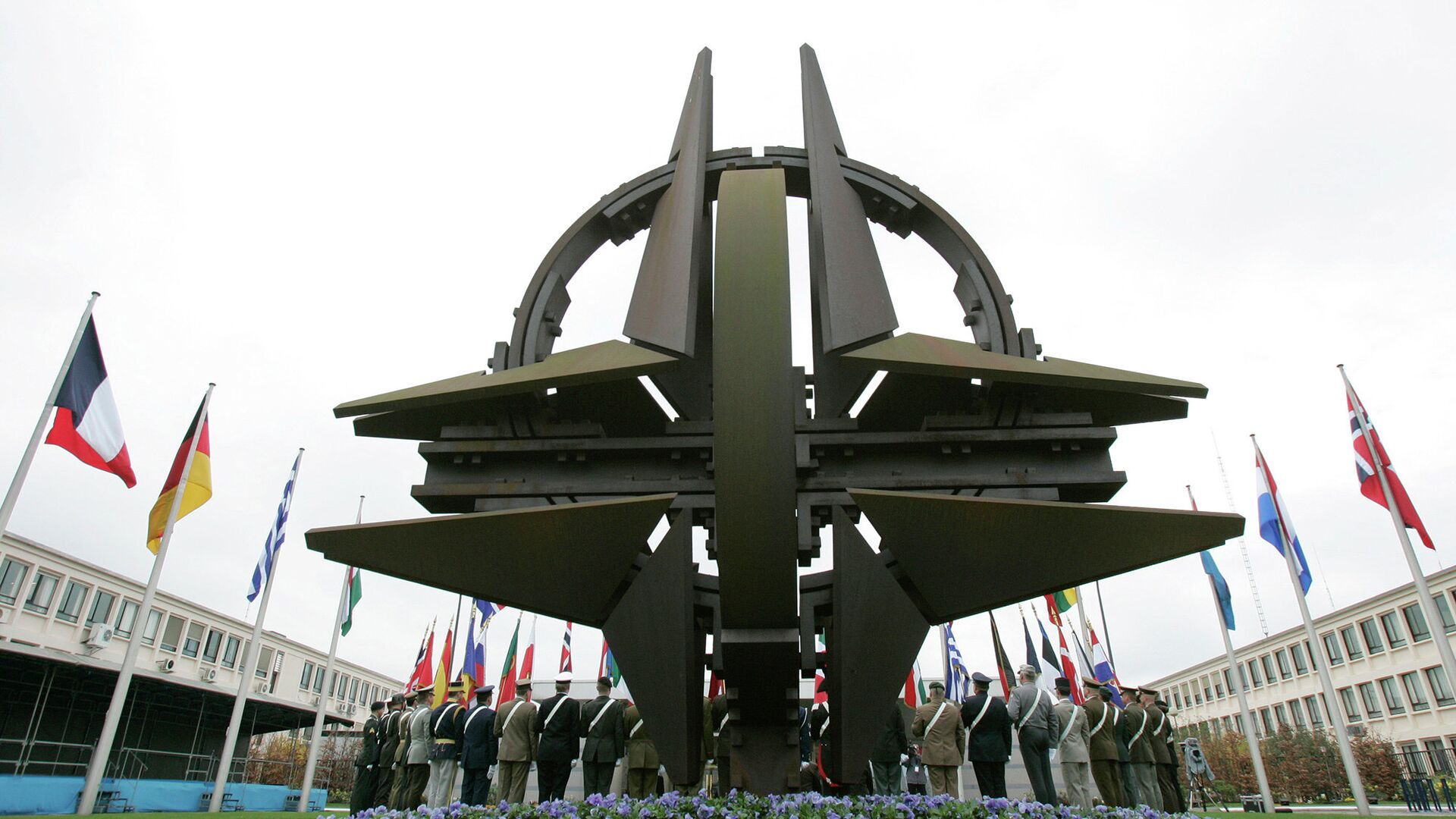 Штаб-квартира НАТО в Брюсселе - РИА Новости, 1920, 15.01.2021