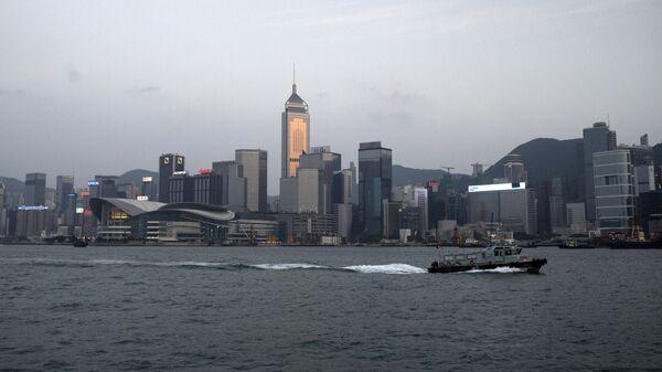 Вид с моря на район Central в Гонконге. Архивное фото