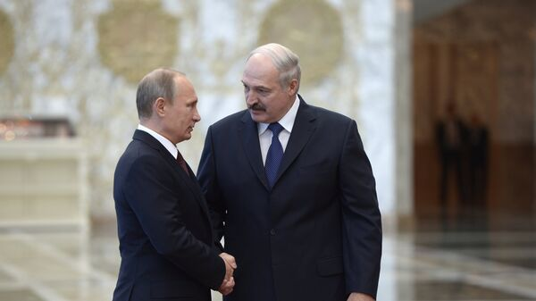 Президент России Владимир Путин и президент Белоруссии Александр Лукашенко, архивное фото
