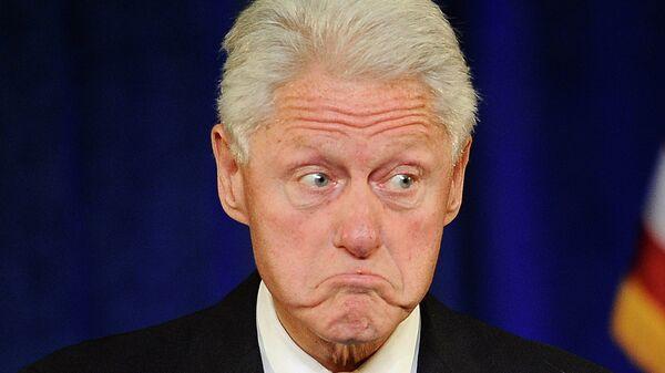Бывший президент США Билл Клинтон во время выступления в Хартфорде, США