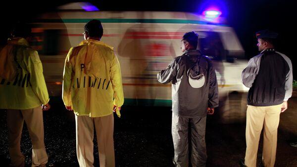 Машина скорой помощи в Индии. Архивное фото