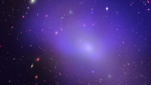 Эллиптическая галактика NGC 1132, в которой процесс образования новых звезд остановился
