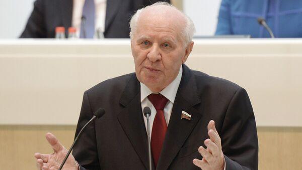 Почетный председатель Совета Федерации РФ Егор Строев. Архивное фото