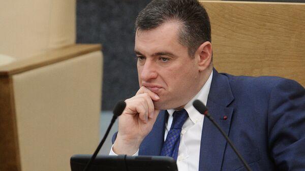 """Слуцкий допустил установление """"ковидного занавеса"""" между Россией и ЕС"""