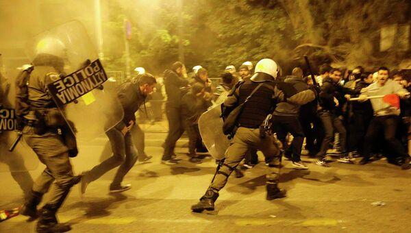 Беспорядки на митинге по случаю 41-й годовщины студенческого восстания в Афинах 17 ноября 2014 года