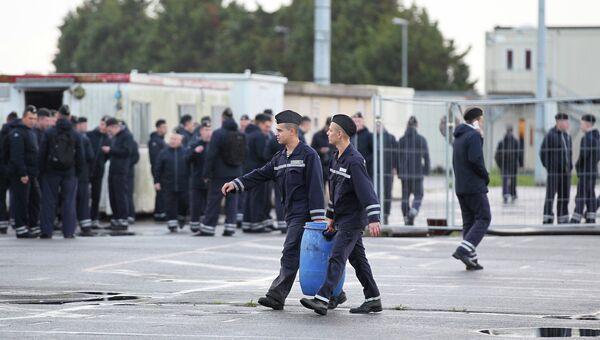Российские моряки в порту города Сен-Назер, Франция