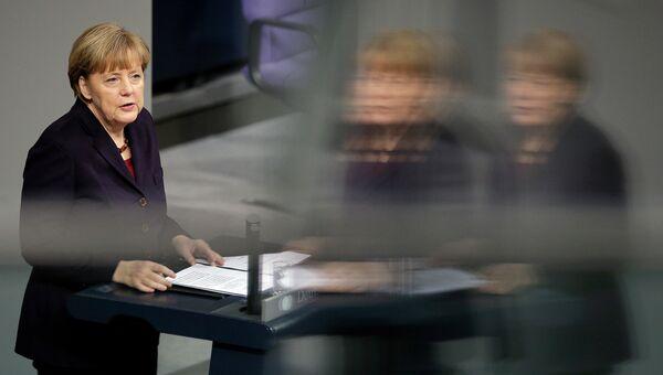 Канцлер ФРГ Ангела Меркель в Бундестаге, архивное фото