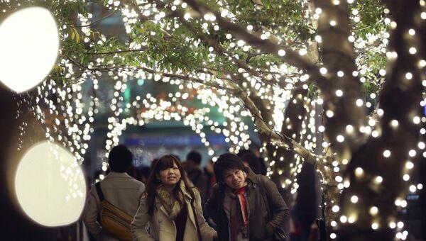 Рождественская иллюминация в Токио. Архивное фото