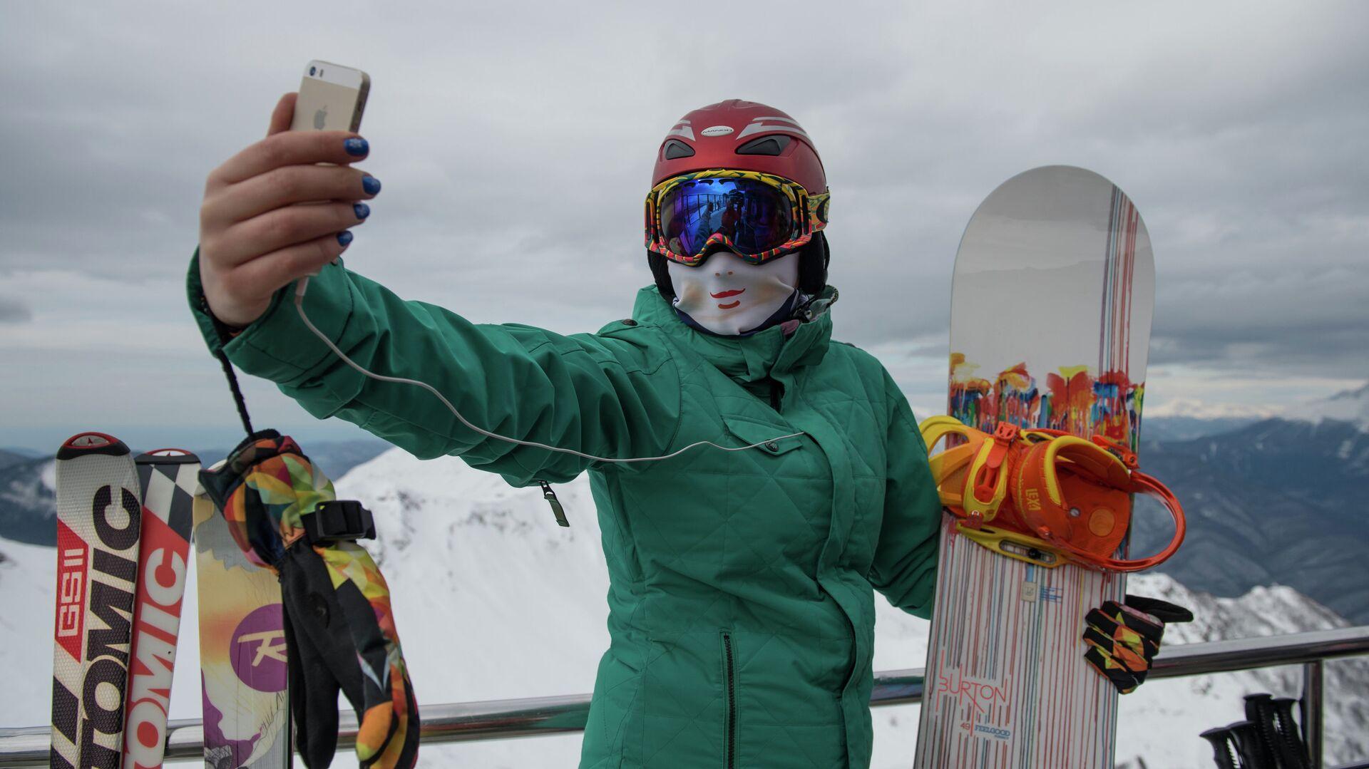 Открытие горнолыжного сезона на курорте Роза Хутор - РИА Новости, 1920, 05.12.2020