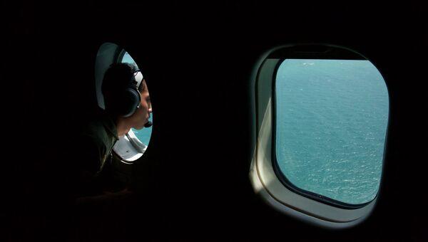 Поиски пропавшего самолета авиакомпании Air Asia в Индонезии