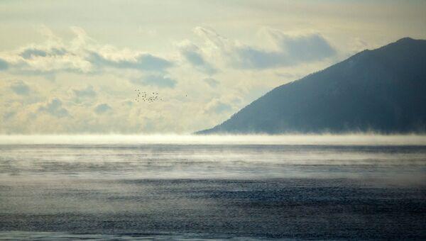 Берега озера Байкал. Архивное фото