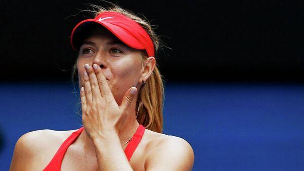 Мария Шарапова празднует выход в полуфинал Australian Open