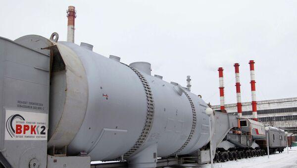 Парогенератор для второго энергоблока Ленинградской АЭС-2. Архивное фото