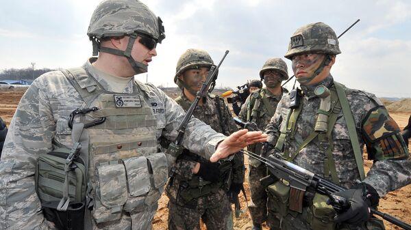 Совместные учения Южной Кореи и США. Архивное фото