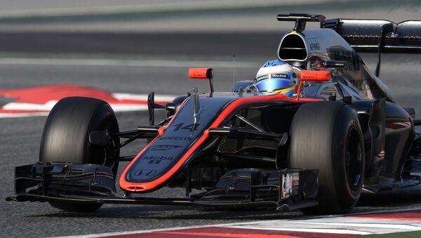 Гонщик Формулы-1 Фернандо Алонсо. Архивное фото