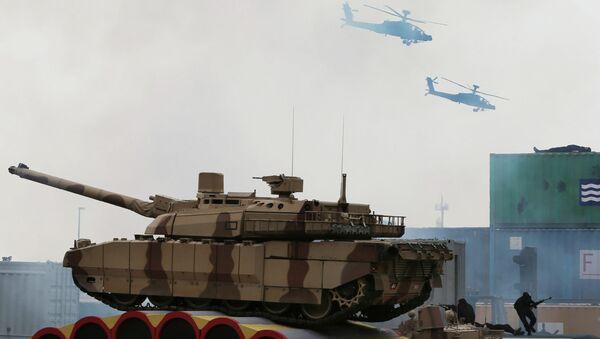 Выставка оборонной промышленности IDEX в Абу-Даби. Архивное фото