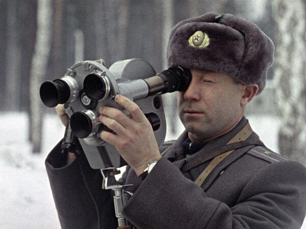Космонавт Алексей Леонов на киносъемке