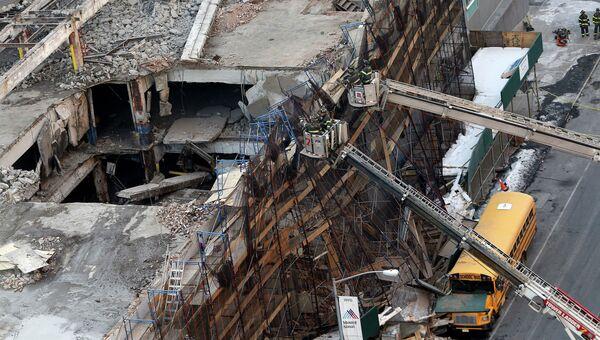 Здание, предназначенное под снос, частично обвалилось в нью-йоркском районе Манхэттен. 25 февраля 2015