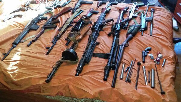 Оружие, изъятое сотрудниками московского уголовного розыска (МУР)
