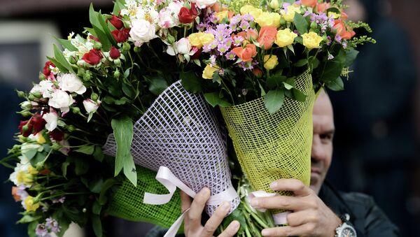 Продажа цветов. Архивное фото