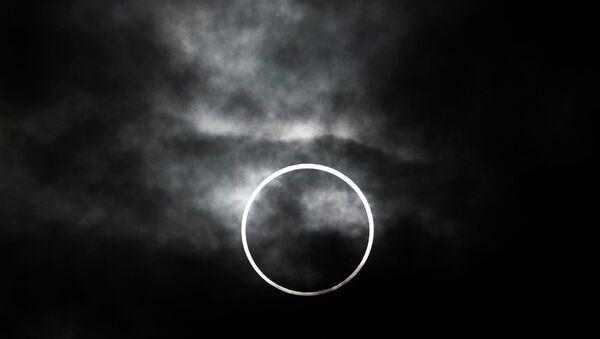 Солнечное затмение. Архивное фото