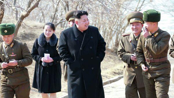 Высший руководитель КНДР Ким Чен Ын проводит инспекцию подразделений армии Северной Кореи