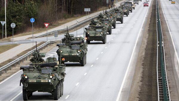 Показательный марш военнослужащих армии США Dragoon Ride в Латвии. Архивное фото
