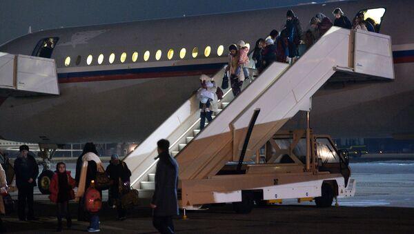 Самолет, эвакуировавший россиян из Йемена, приземлился в Подмосковье. 3 апреля 2015