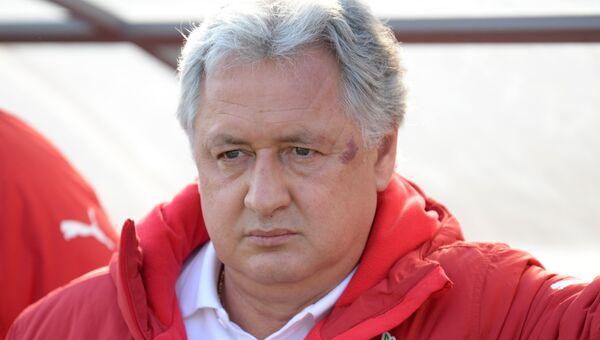 Главный тренер Рубина Ринат Билялетдинов. Архивное фото