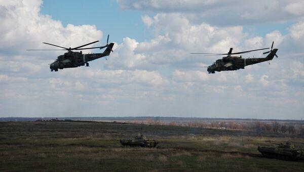 Учения внутренних войск МВД России. Архивное фото
