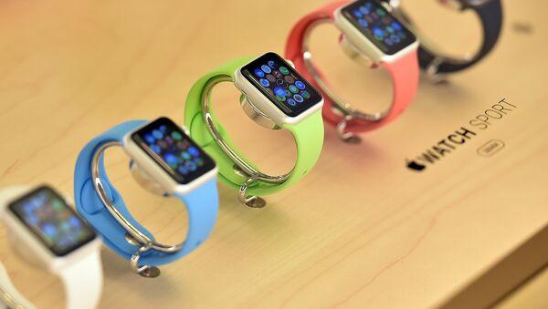 Часы Apple. Архивное фото