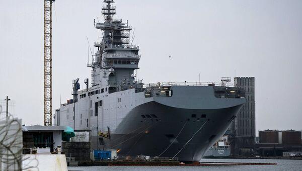 Десантный вертолетоносный корабль Севастополь типа Мистраль