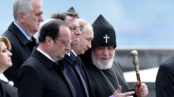 Церемония поминовения жертв геноцида армян в Ереване